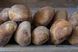 pane di una volta a legna