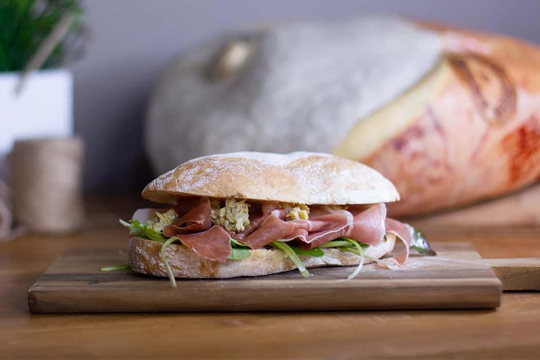 ricetta panino con prosciutto di Carpegna