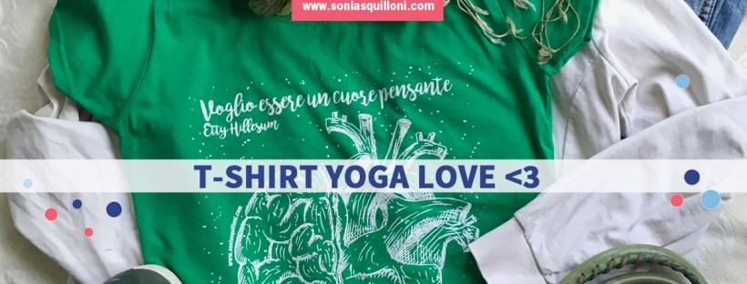 t-shirt yoga cuore