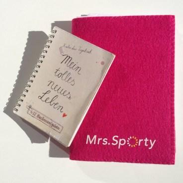 Kalender und Notizbuch