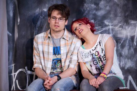 Gemeinsam statt einsam: Mia (Sonni Maier) und Sandro (Philipp Wiegand).