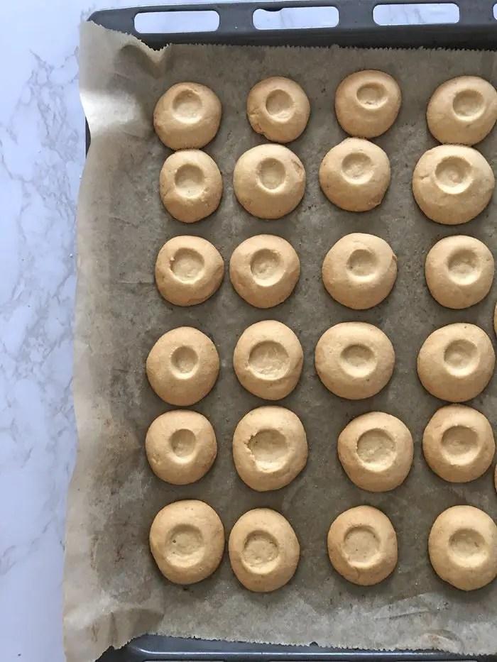 Amarettokugeln mit Schokolade Rezept