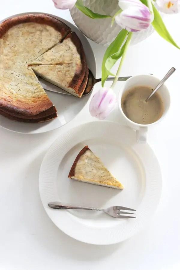 Low Carb Mohn-Käsekuchen - Einfach & Wunderbar cremig