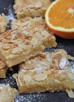 Mandelschnitten mit Orange Curd Rezept