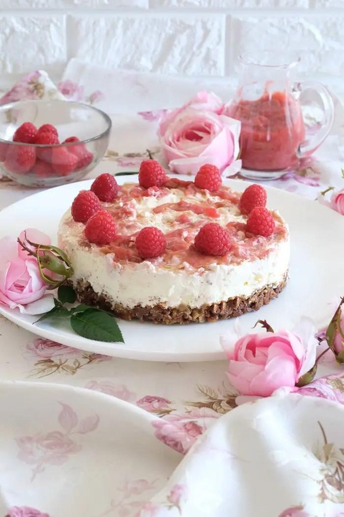 Rhabarber-Himbeertorte mit Schokocrossie | No-bake Cake