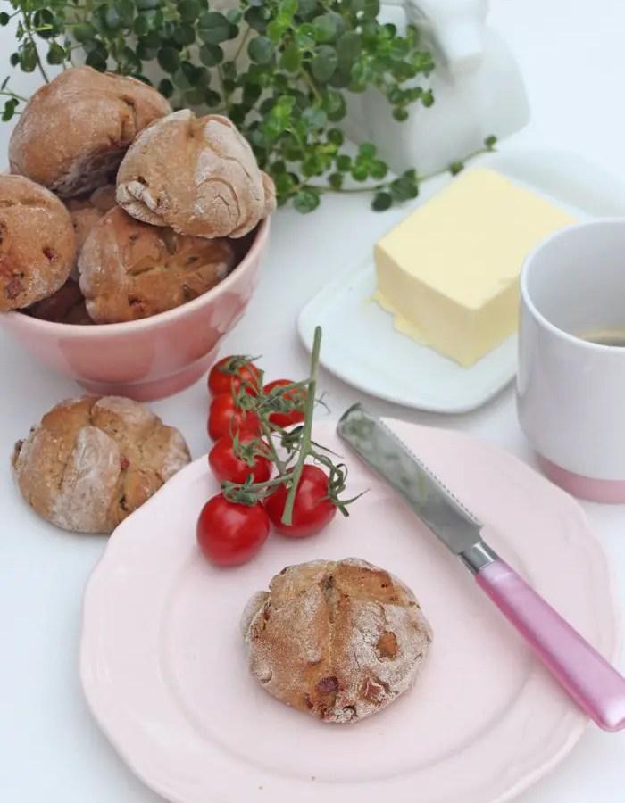 Speckbrötchen - Einfaches, leckeres und herzhaftes Rezept