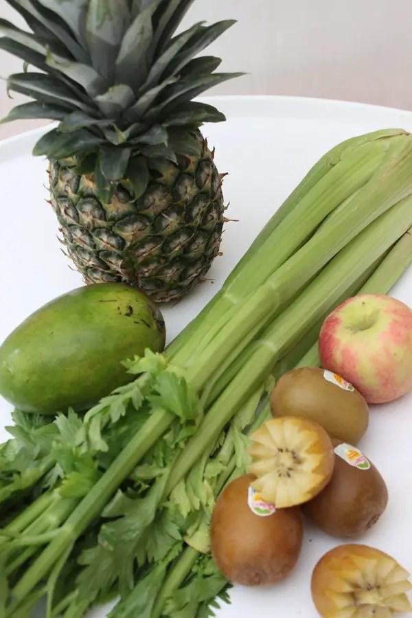 Yellow Submarine Smoothie zum Frühstück mit Zespri SunGold