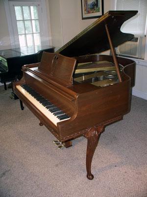 Knabe Art Case French Legs - Sonny\'s PianoTV