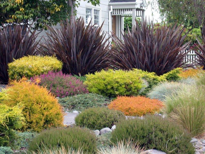 Decorative White Garden Rocks