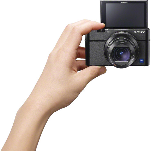 rx100m3-in-hand