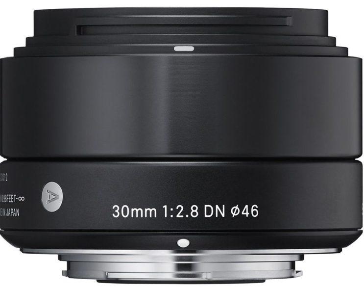 Sigma 30mm f/2.8 DN Lens