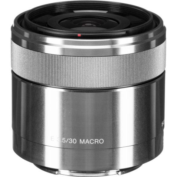 Sony E 30mm f/3.5 Macro Lens Review