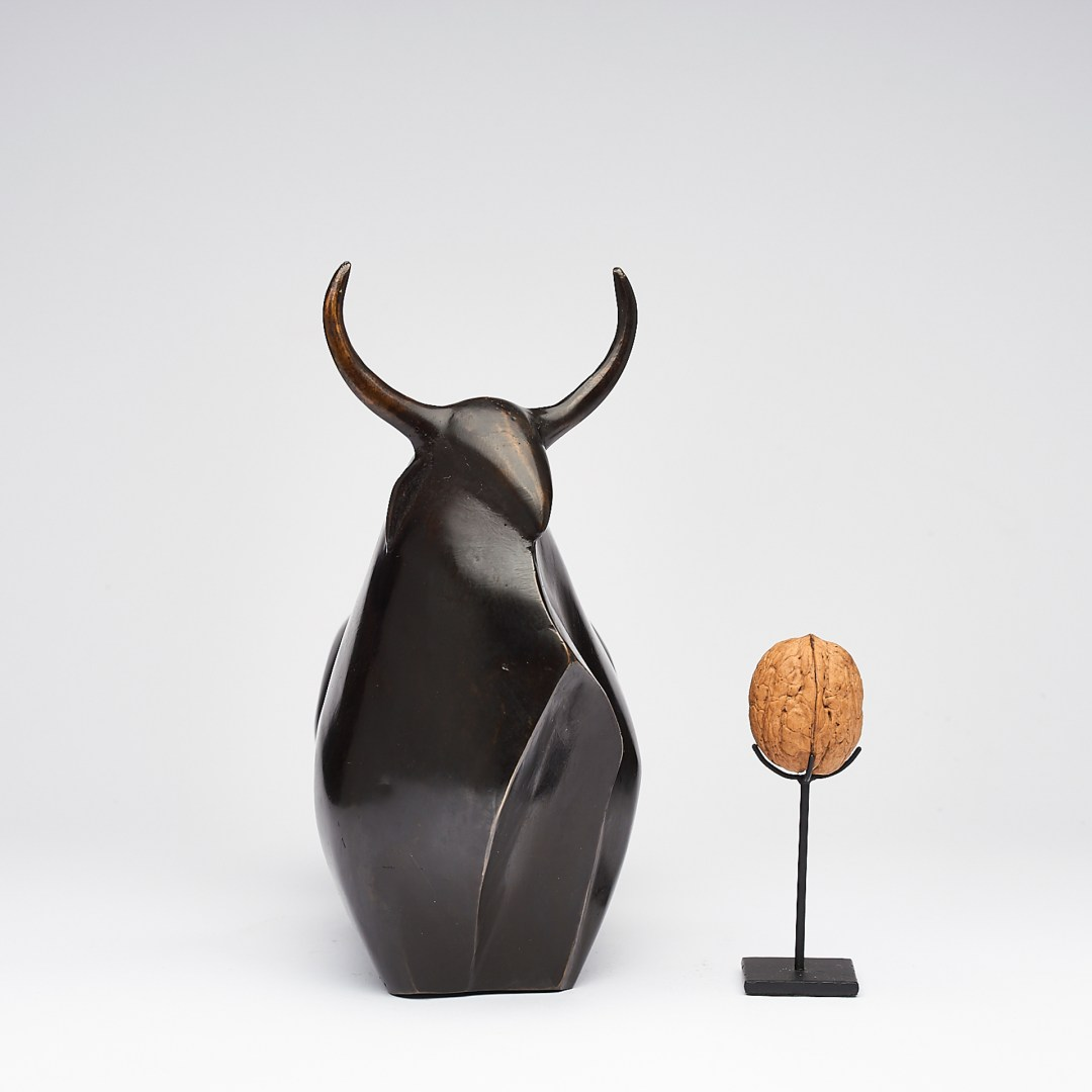 Heavy Bronze Bull Sculpture