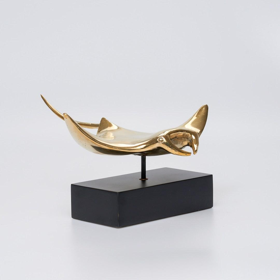 Medium Polished Bronze Manta Ray