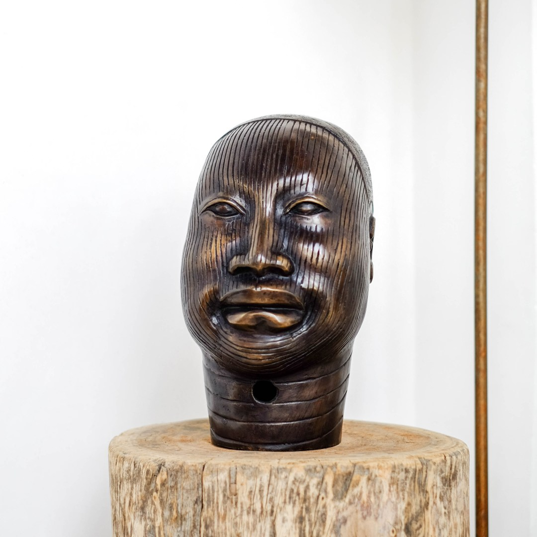 Sooka Interior ONI Queen Bronze Sculpture