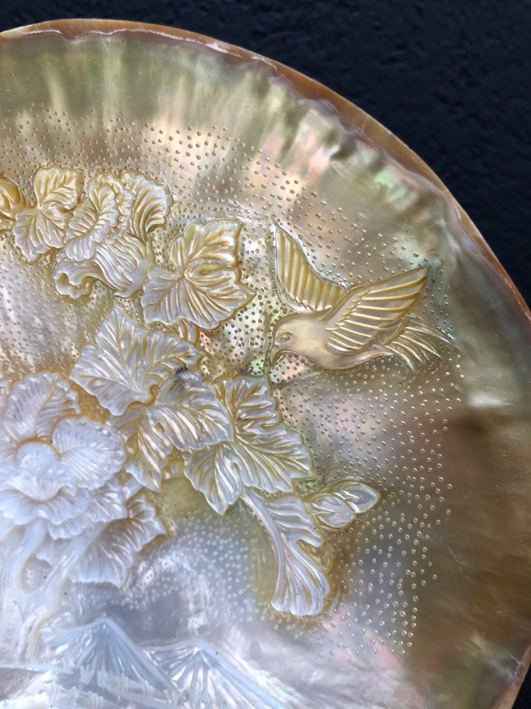 Carved Mother of Pearl Shell Hummingbird 4