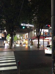 横浜へ出張に来ています