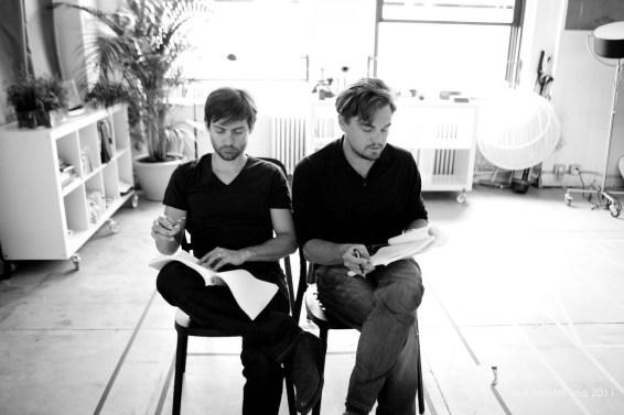 Tobey Maguire + Leonardo DiCaprio