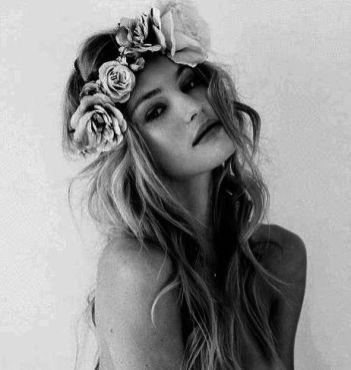 blonde-boho-flower-crown-girl-Favim.com-1436006
