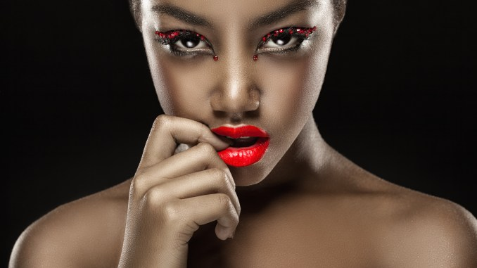 Best and most affordable Red lipcolor and red lipstick for the black or African American skins tones. How to Tips and products for different shades and colors of red.