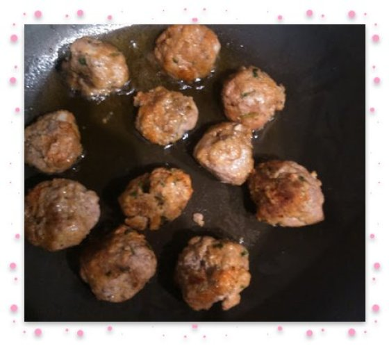 Meat balls cooking