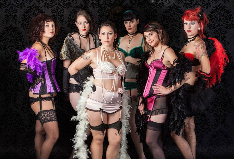 Pin Up Burlesque Revue: affiches