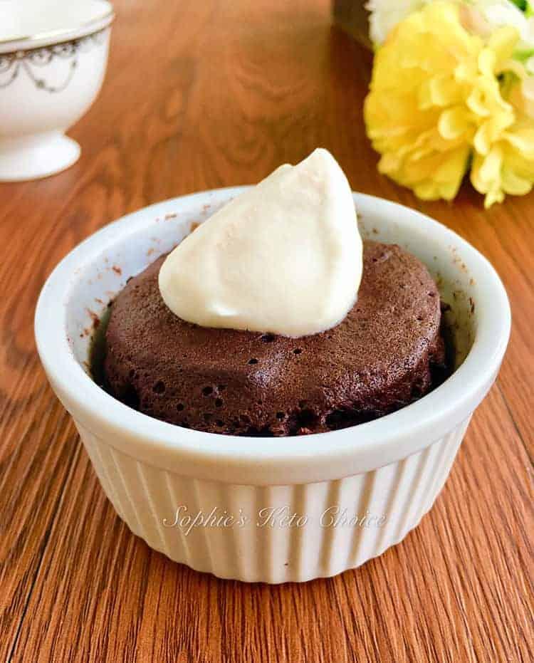1分鐘免烤生酮巧克力蛋糕