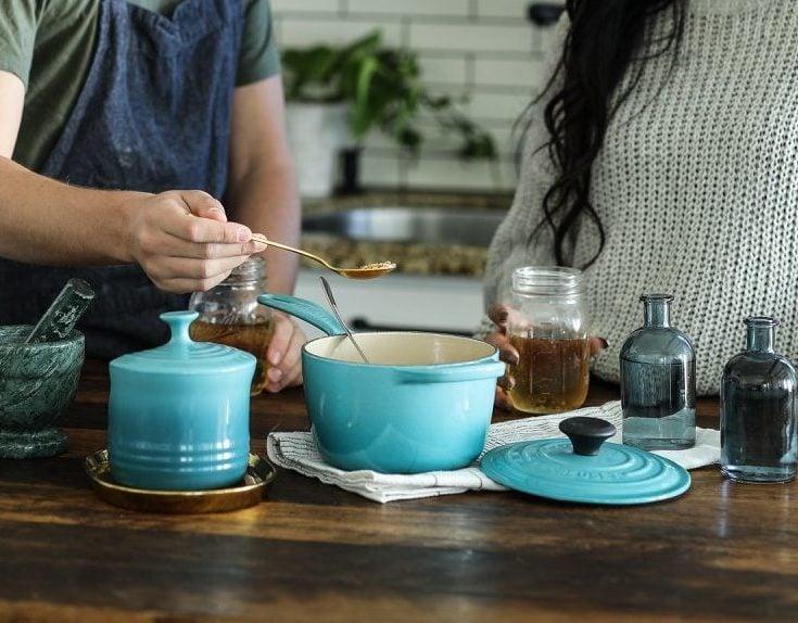 如何正確使用、清潔琺瑯鑄鐵鍋 (如: Le Creuset鍋)?
