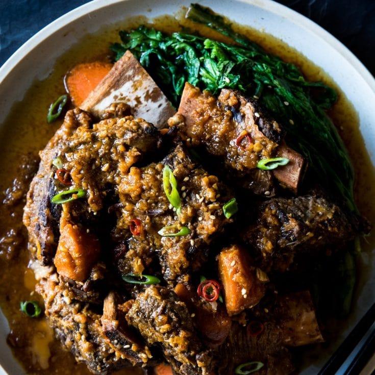 韓式燉牛肋排 Galbi-jjim- Instant Pot壓力鍋中文食譜-好吃到多添一碗飯!