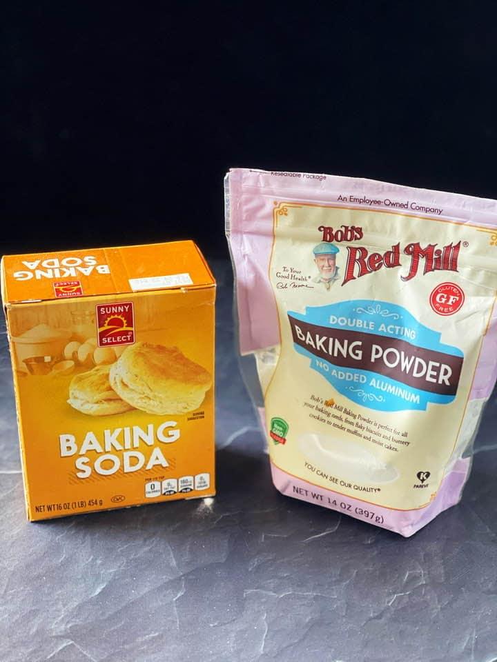 如何判斷泡打粉或小蘇打粉是否還有效?只要兩步驟✌️
