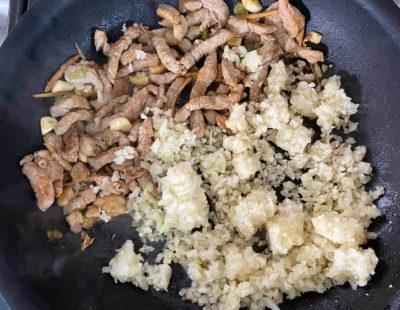 蠔油肉絲蛋炒花椰菜飯