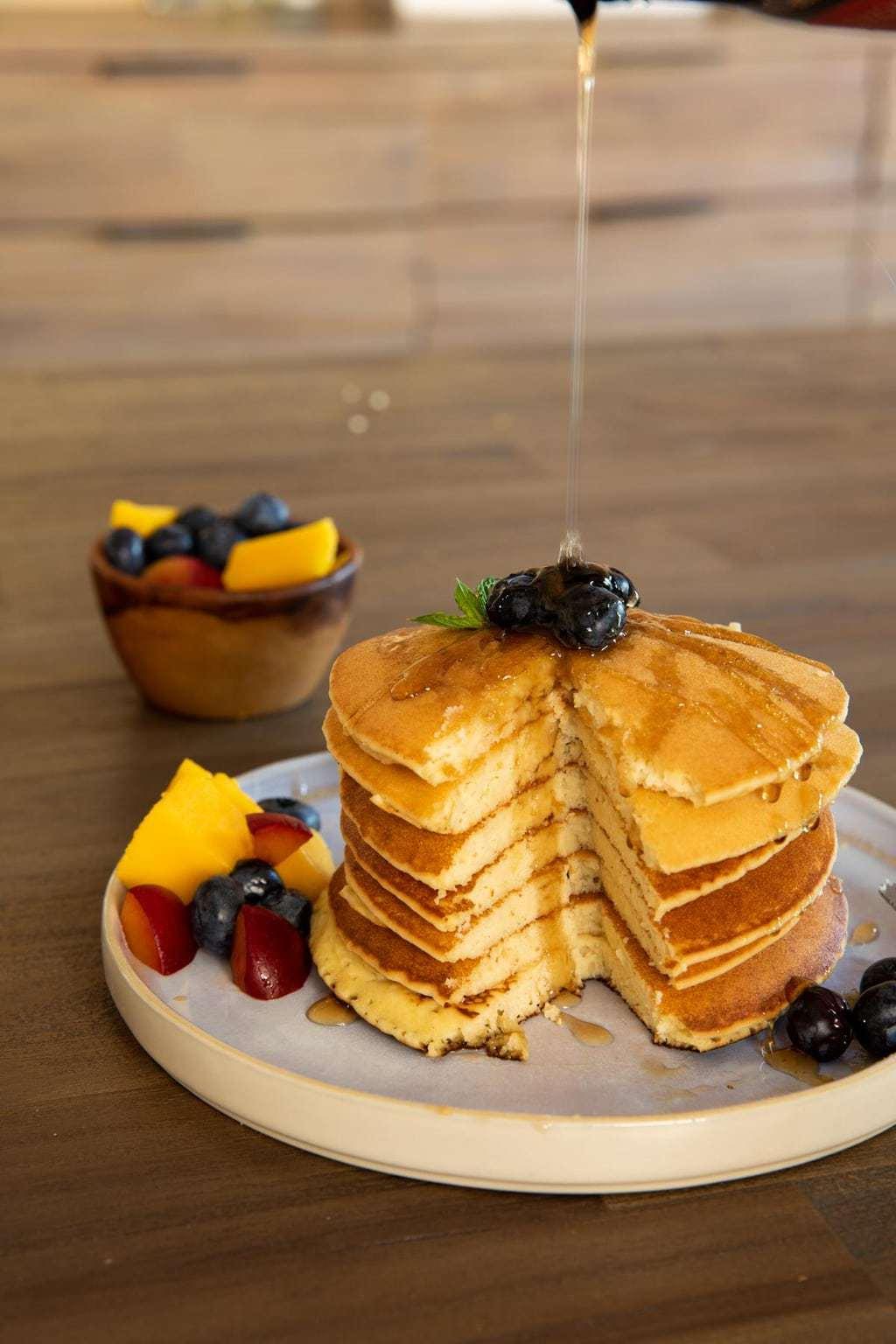 生酮平底鍋鬆餅 Keto Pancake 口感蓬鬆、完美焦糖色鬆餅的秘訣&影片