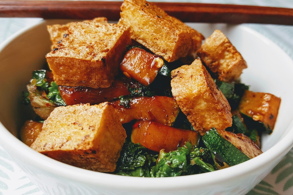 RECIPE | Crispy tofu teriyaki rice bowls
