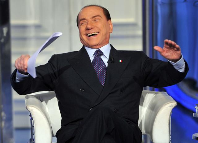 Berlusconi siendo Berlusconi