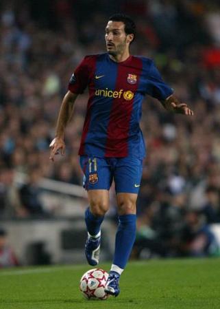 Soccer - UEFA Champions League - Group A - Barcelona v Chelsea - Nou Camp