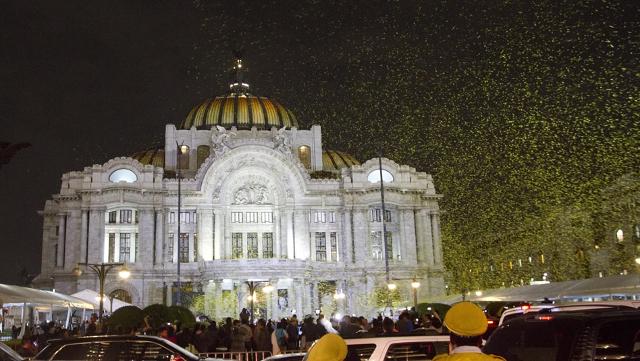 miles-de-mariposas-amarillas-fueron-lanzadas-al-aire-al-trmino-del-homenaje-a-gabo