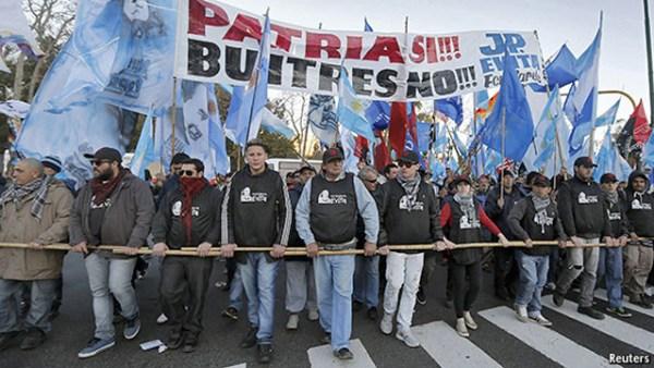 patria_buitres