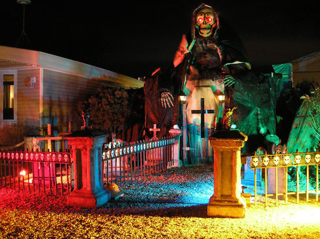 Halloween-House-5