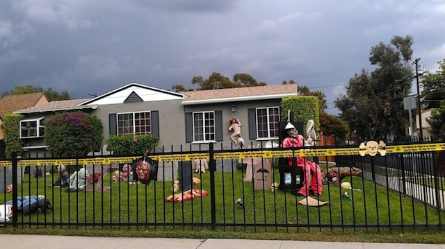 Halloween-House-8