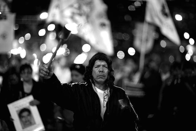 Luz_Ayotzinapa_Santiago_Arau12