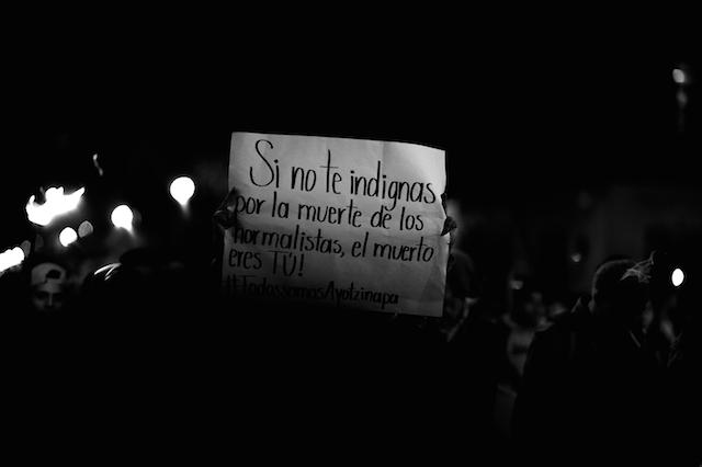 Luz_Ayotzinapa_Santiago_Arau33