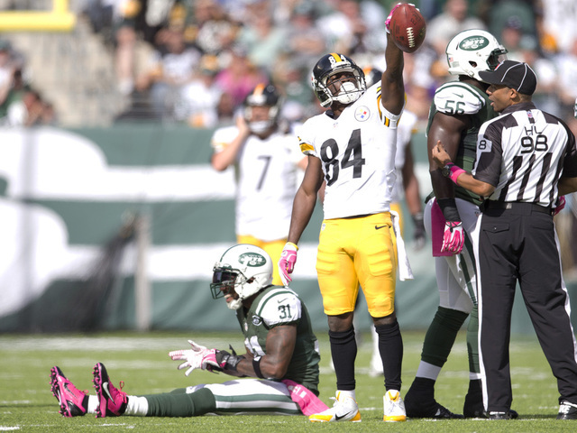 Pittsburgh Steelers v New York Jets