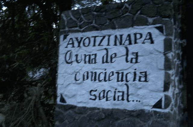 ayotzi_cuna