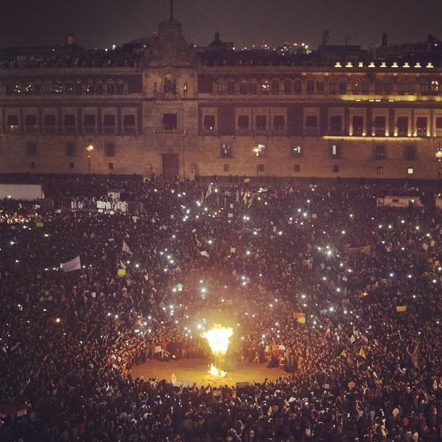 ayotzinapa_zocalo