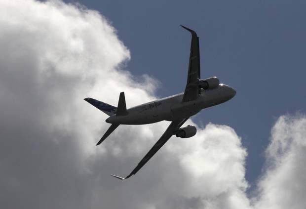 Airbus de Germanwings se estrella con 142 pasajeros a bordo