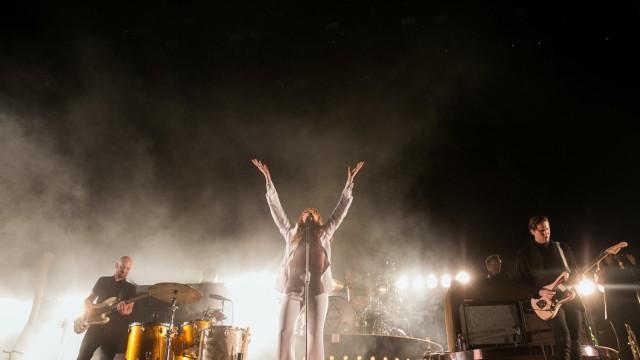 Florence - Coachella 02