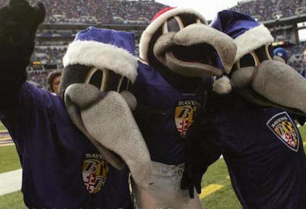 Edgar-Allan-and-Poe-BaltimoreRavens-Mascotas-NFL