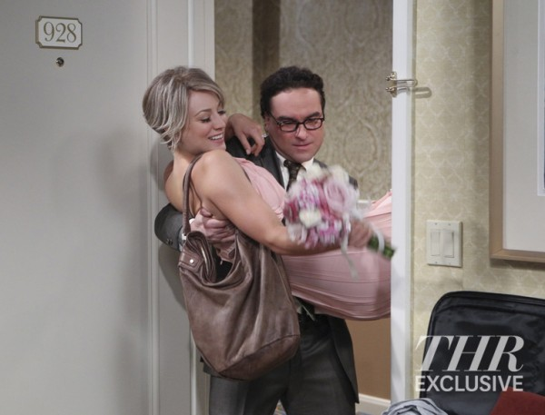 """""""The Matrimonial Momentum"""" -- Coverage of the CBS series THE BIG BANG THEORY, scheduled to air on the CBS Television Network. Photo: Sonja Flemming/CBS ©2015 CBS Broadcasting, Inc. All Rights Reserved"""