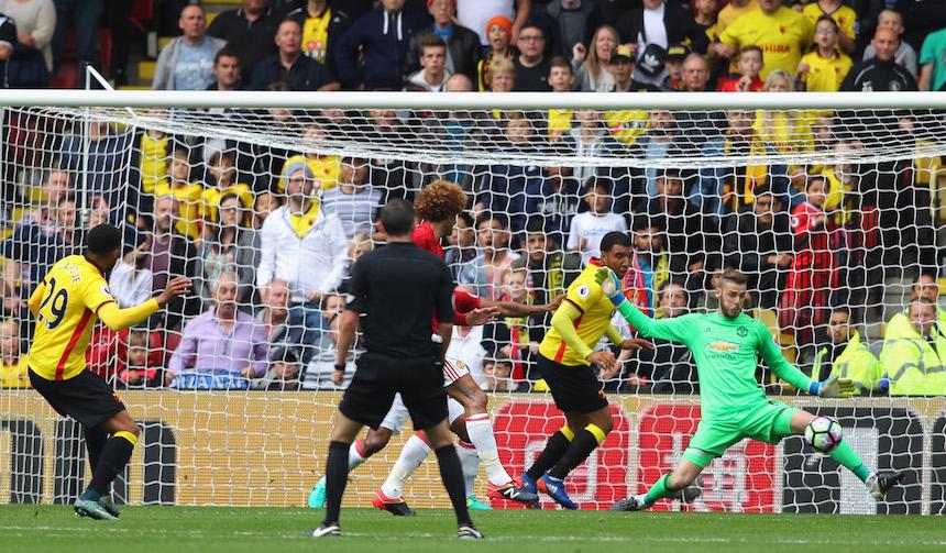 Etienne Capoue aprovechó un error de la defensiva para marcar el primero del partido