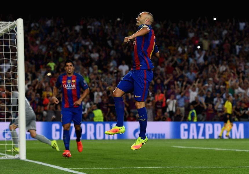 Andrés Iniesta marcó el cuarto en la goleada del Barcelona